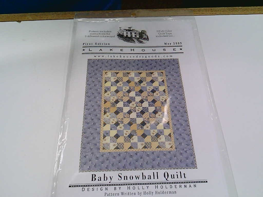 LakeHouse Baby Snowball Quilt