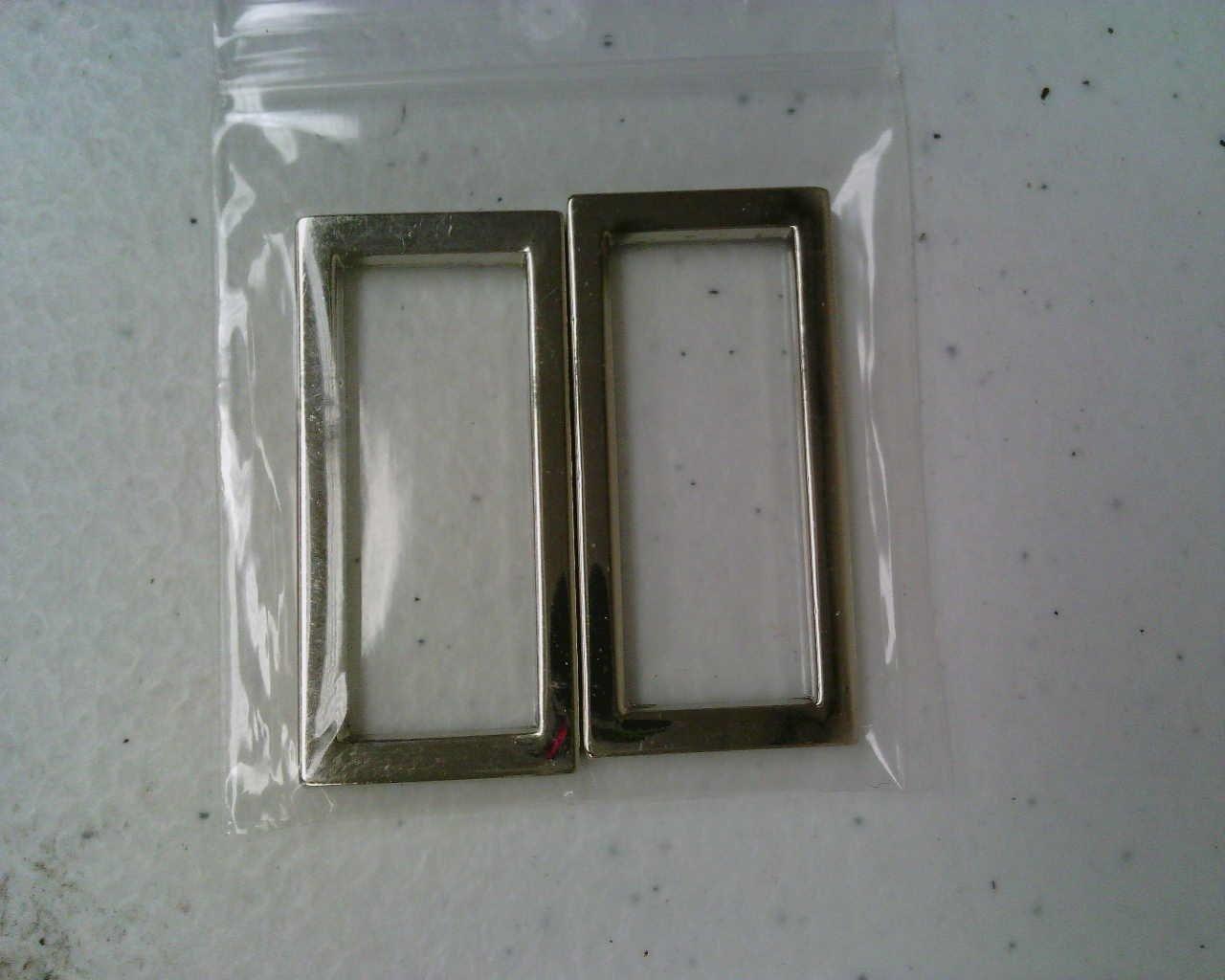 Dritz Alloy Flat Rectangle  1 1/4' X 1/2 X 3mm Nickel