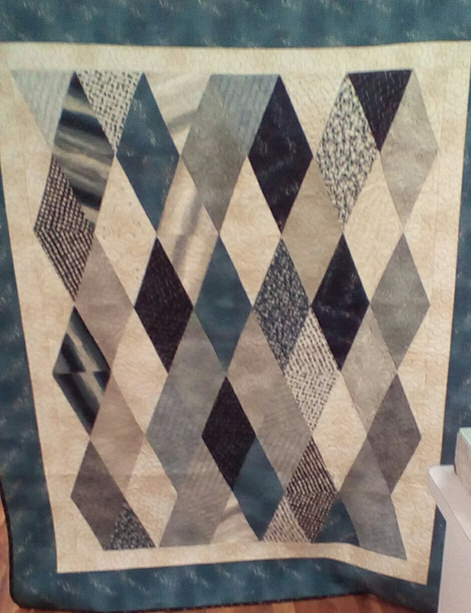 Simple Diamonds Quilt