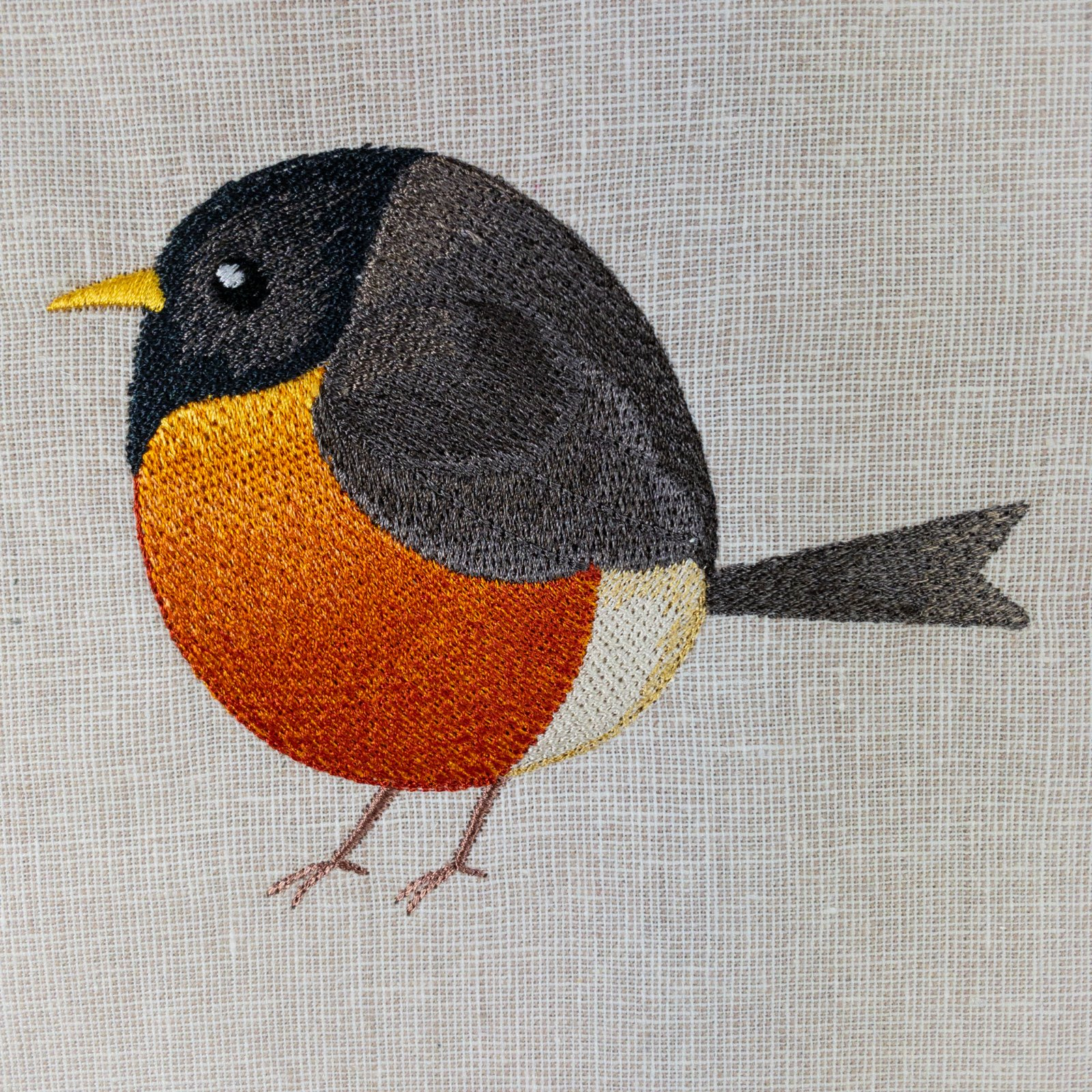 Roly-Poly Robin Embroidered Panel