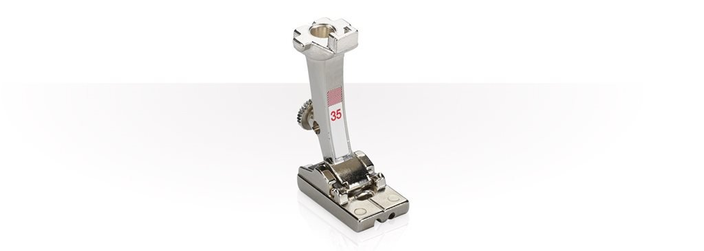 Bernina Reverse-Pattern Foot with Clear Sole #34