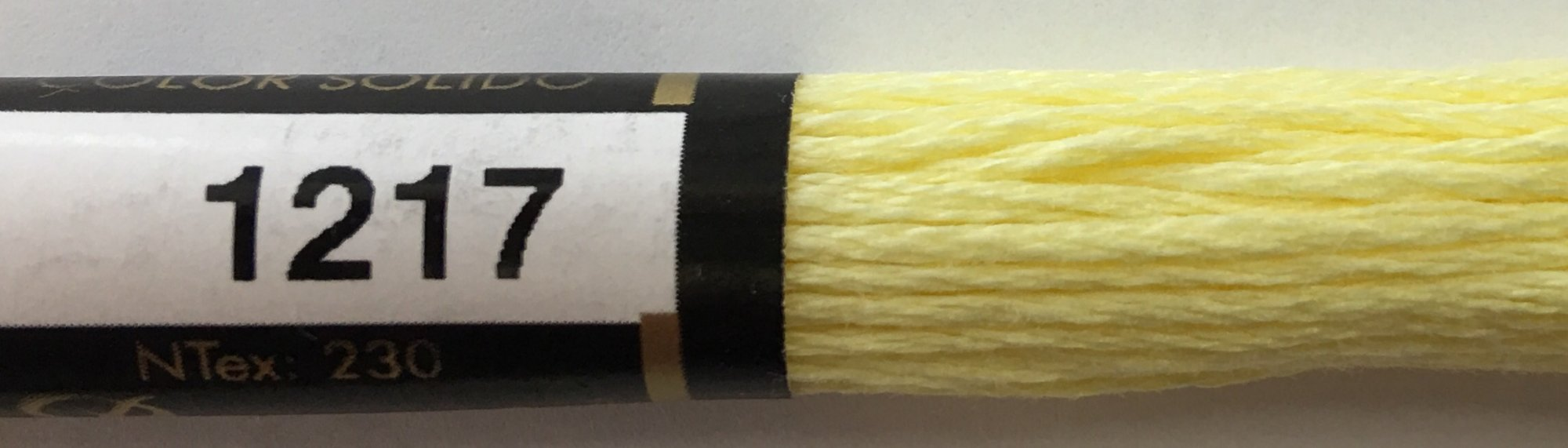 F1217 Presencia 100% Mercerized Finca Cotton 6 ply Embroidery Floss 8 meter skein