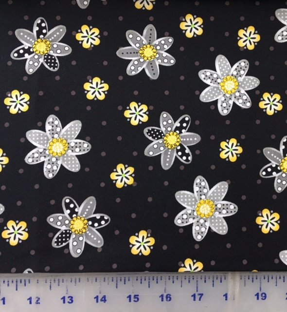 3978-60782-8 Exclusively Quilters Sundance Black with Yellow and Gray Flowers