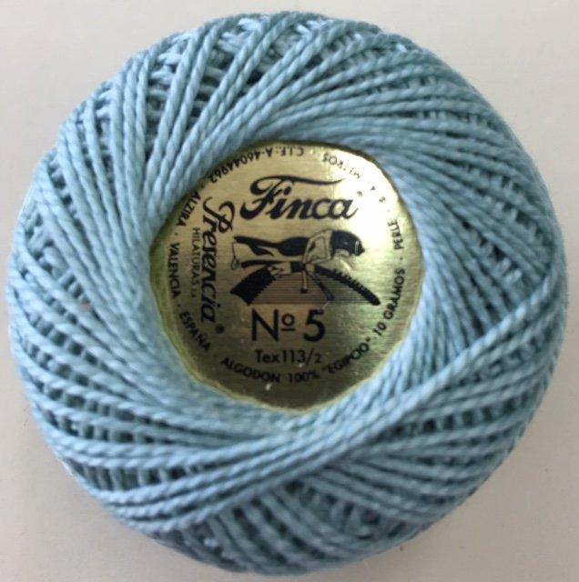 816-05-4218 Presencia Seafoam Finca Perle Cotton Size 5 10 gram ball