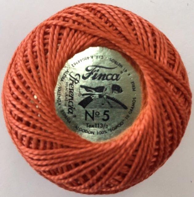 816-05-7731 Presencia Golden Brown Finca Perle Cotton Size 5 10 gram ball