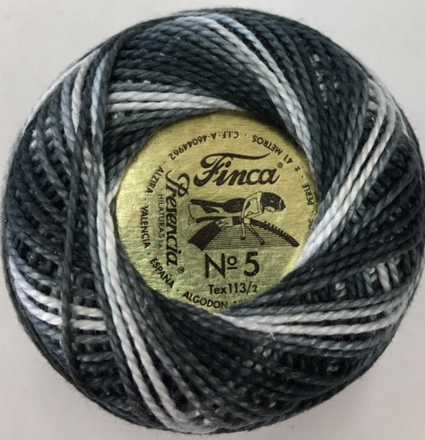 880-05-9985 Presencia Thunderstorm Gray Finca Perle Cotton Varigated Size 5 10 gram ball