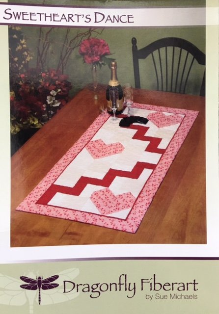 DFTR-38 Dragonfly Fiberart Pattern Cards Sweetheart's Dance Runner