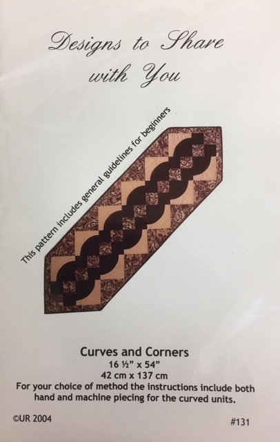 DTS131 Designs to share with you Curves and Corners Table Runner
