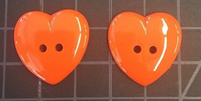 KQ12BUTNPAC, Keama's Heart 12 per pack, Orange, 1-1/8 inch