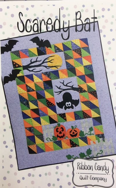 RCQ573KIT Scaredy Bat 48 x 60 Wall Hanging Kit