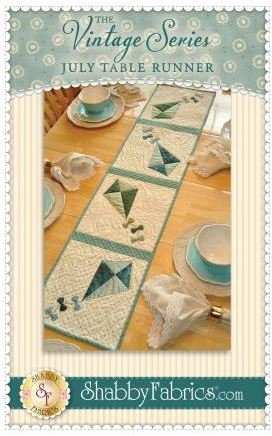 SF48662 Shabby Fabrics Vintage Series Table Runner July Pattern