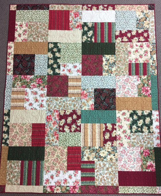 T20XMASQUILT, Turning Twenty Christmas Quilt, 68 x 86