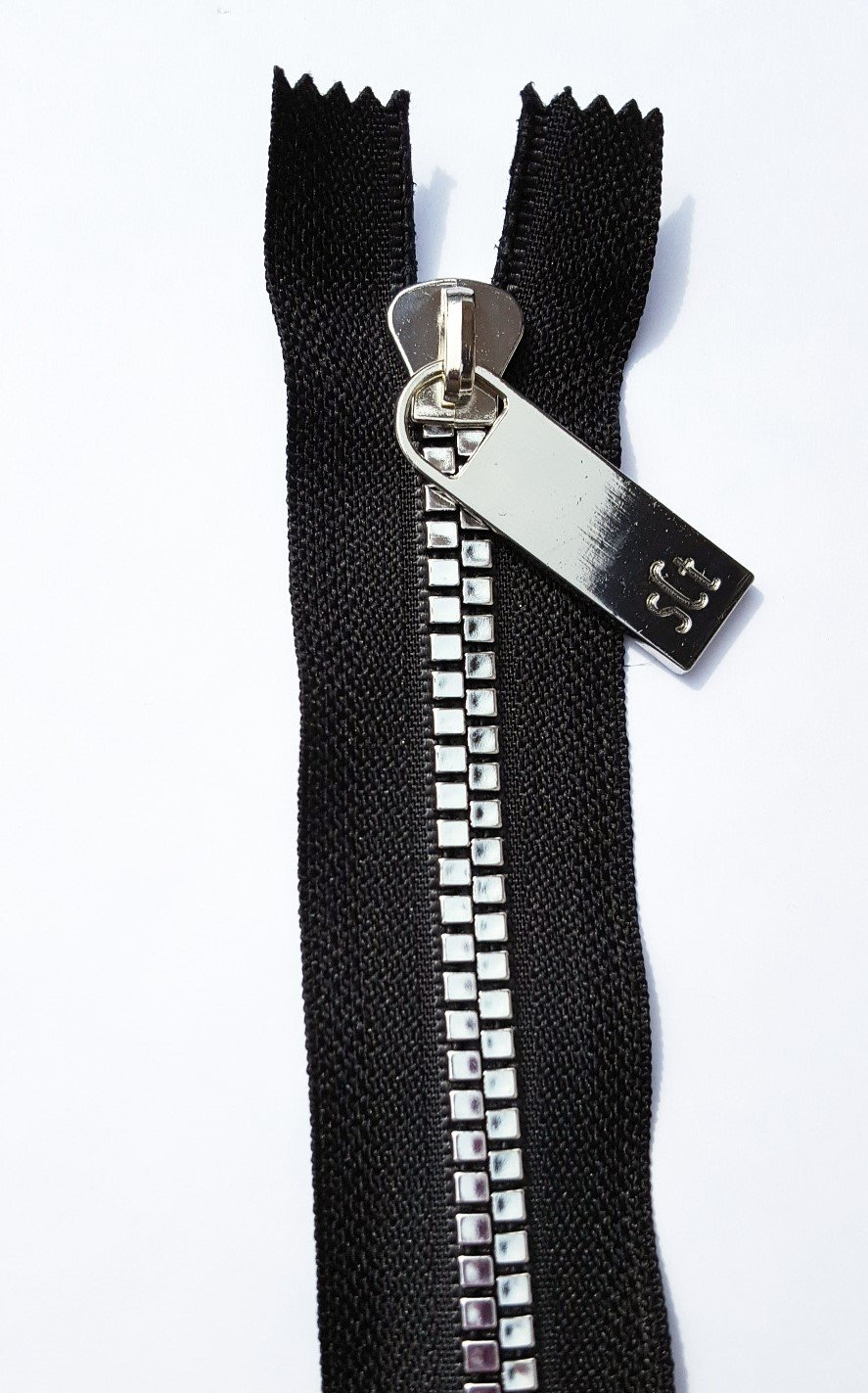 16 Pretty Zipper Black Tape, Nickel Finish