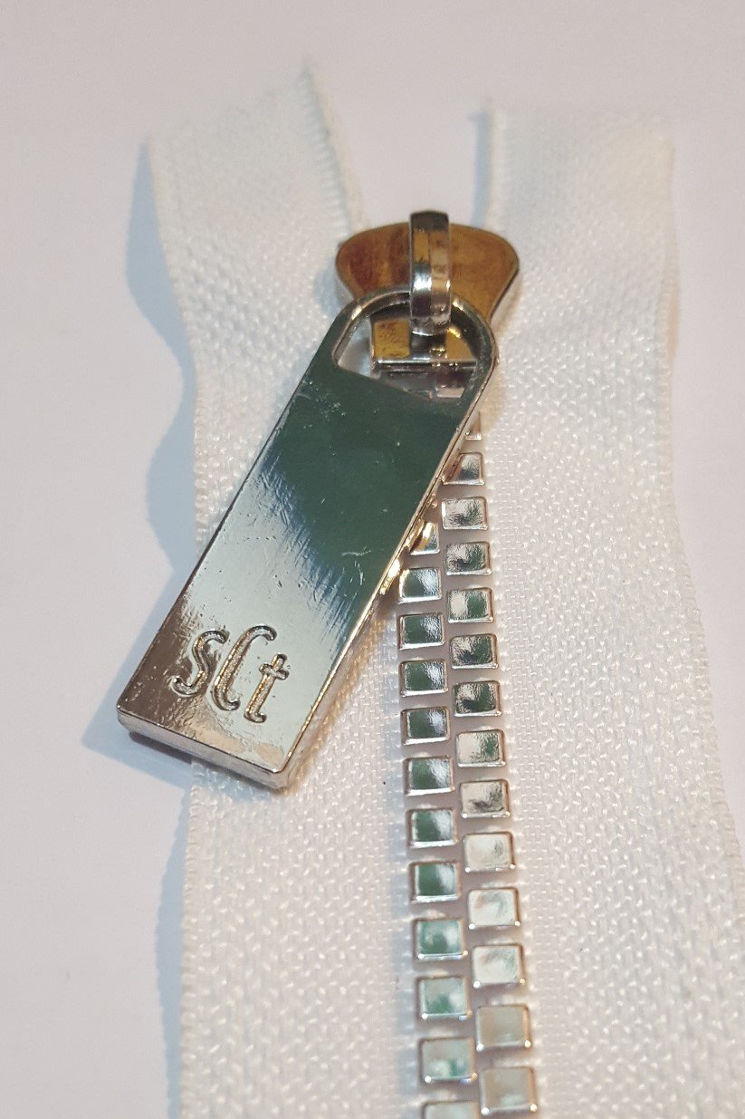 16 Pretty Zipper White Tape, Nickel Finish