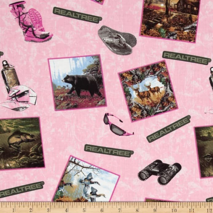 RealTree Pink Postcards All Over `