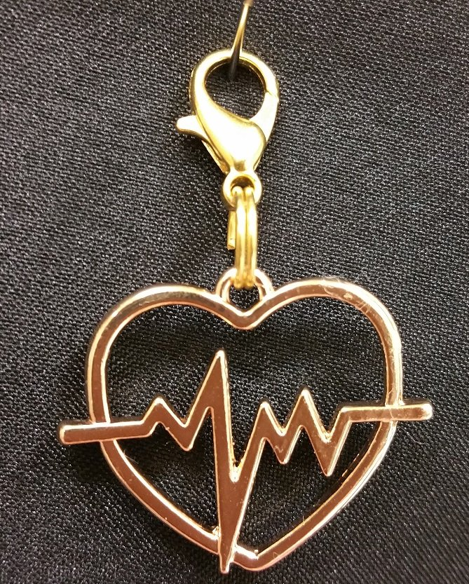 Heartbeat Charm with Lobster Claw`
