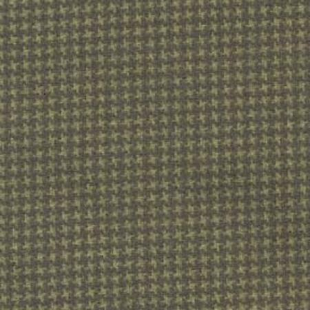 18122-G2 45'' Maywood Studios Woolies Flannel Green Check