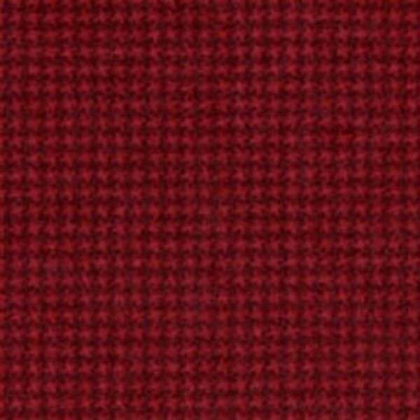 18122-R3 45'' Maywood Studios Woolies Flannel Red Check