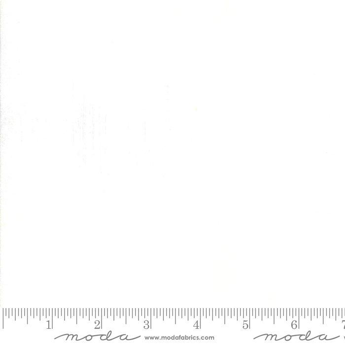 30150 101 45'' Moda Fabrics White Paper Grunge