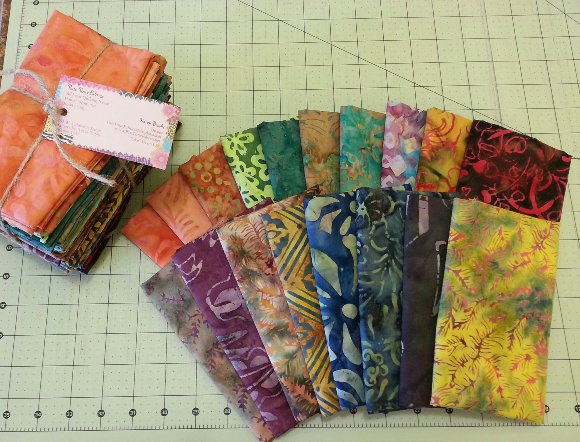 Majestic Batik Fat Quarter Bundle of 18