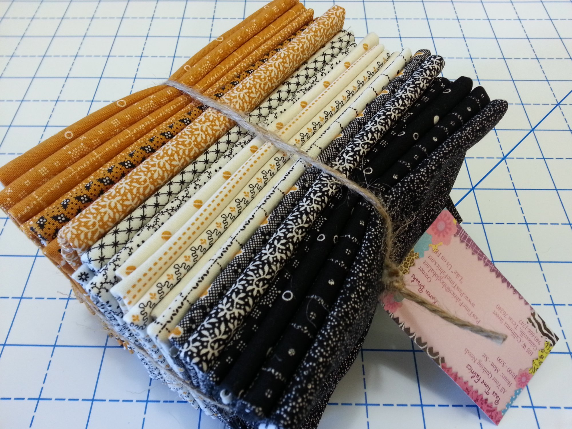 Sampler 2 Fat Quarter Bundle of 21