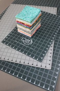Quilters Select 12 x 18 Self Healing Rotary Cutting Mat
