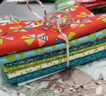 5 One Yard Cuts Mixed Bag Quilt Kit 1 Helix