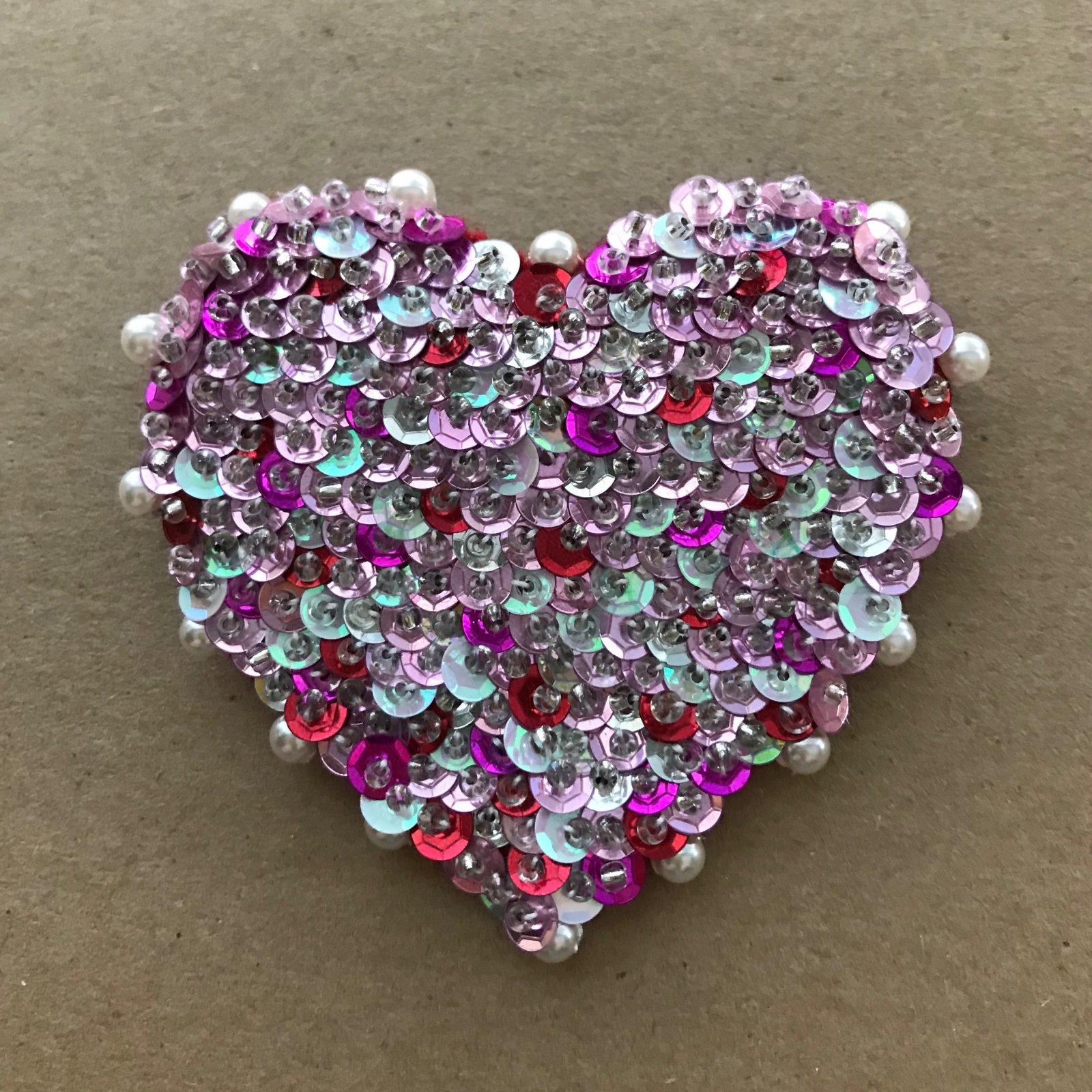 Beautiful Brooches - Heart E-Pattern
