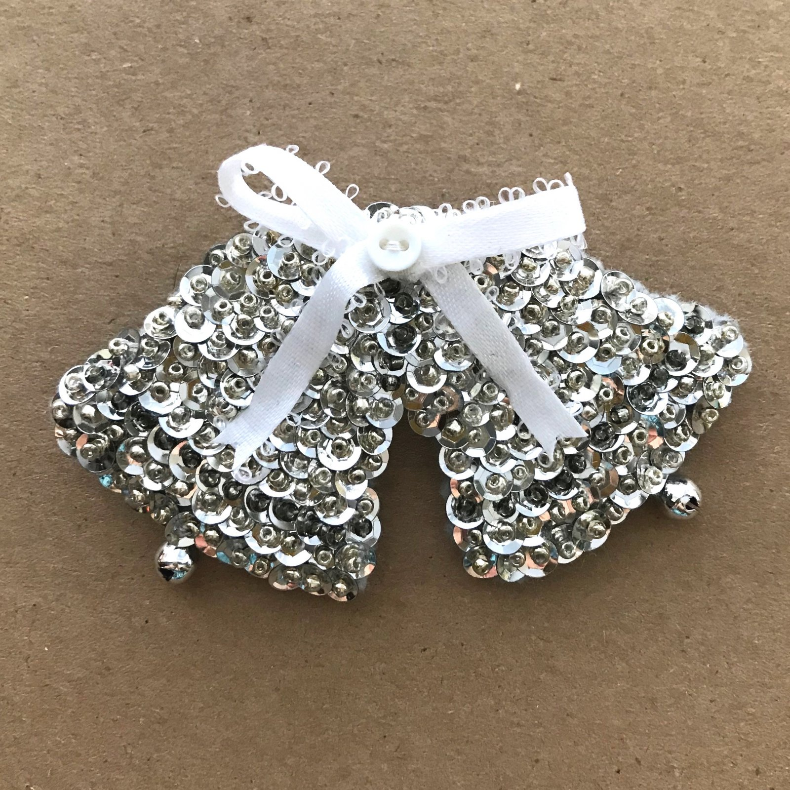 Beautiful Brooches - Silver Bells E-Pattern