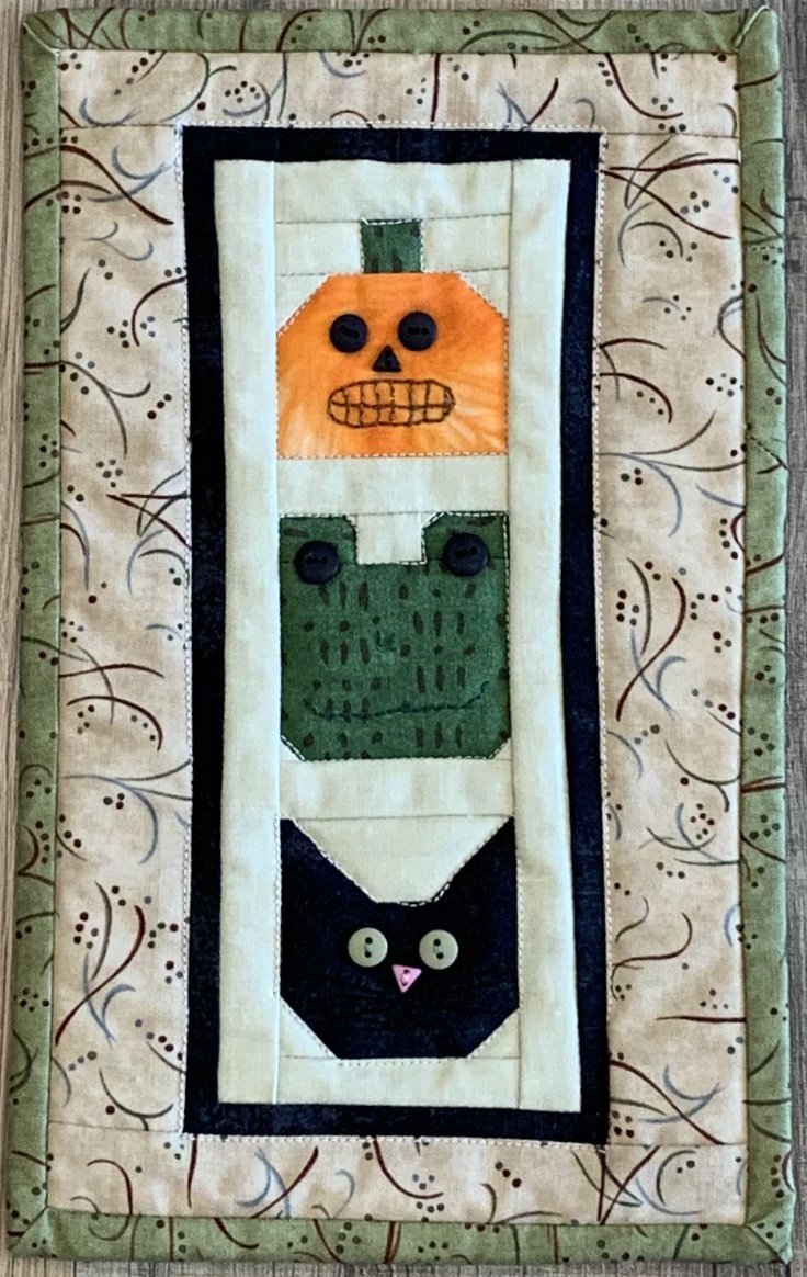 Mini Halloween Wal Hanging 6x10