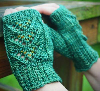 Pretty Day Mitts