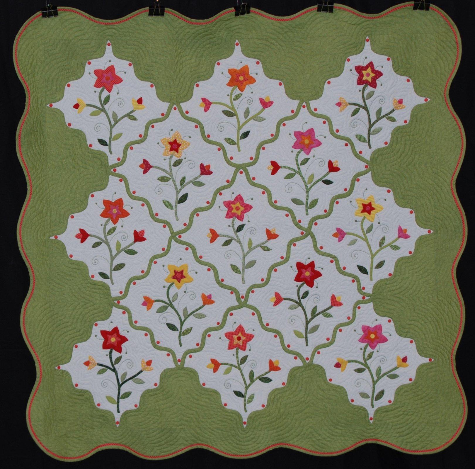 Spring Garden Quilt Pattern Pieced SM