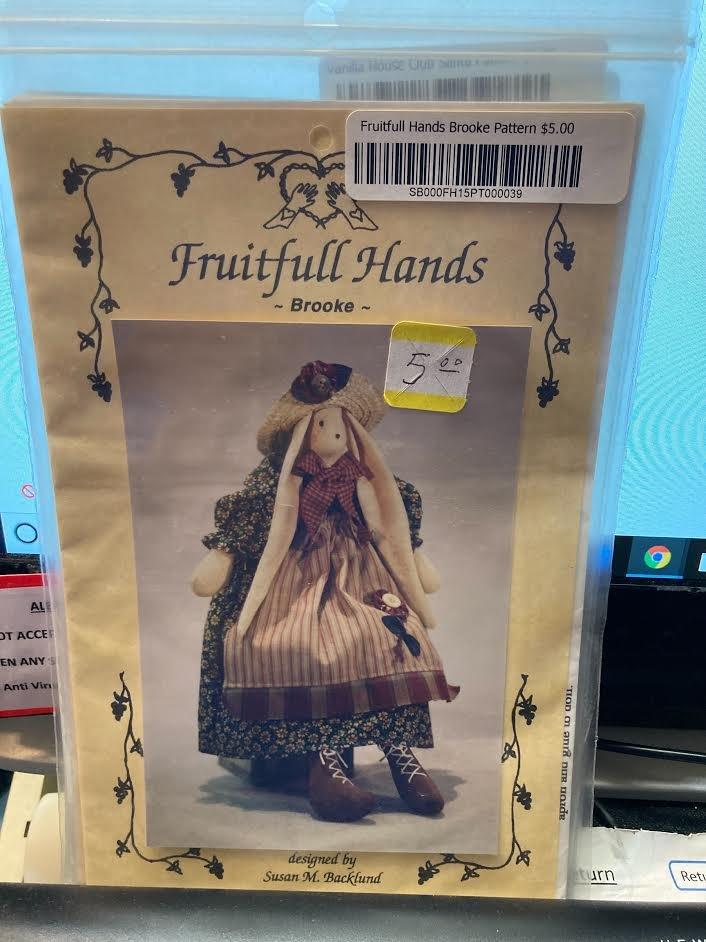 Susana M. Backlund for Fruitfull Hands Brooke Pattern FH15