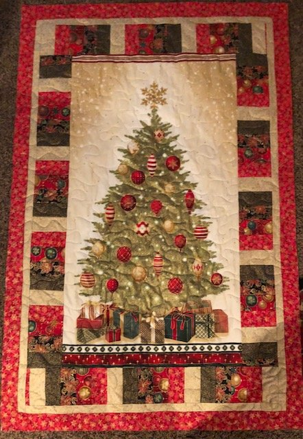 Gold Christmas tree quilt kit