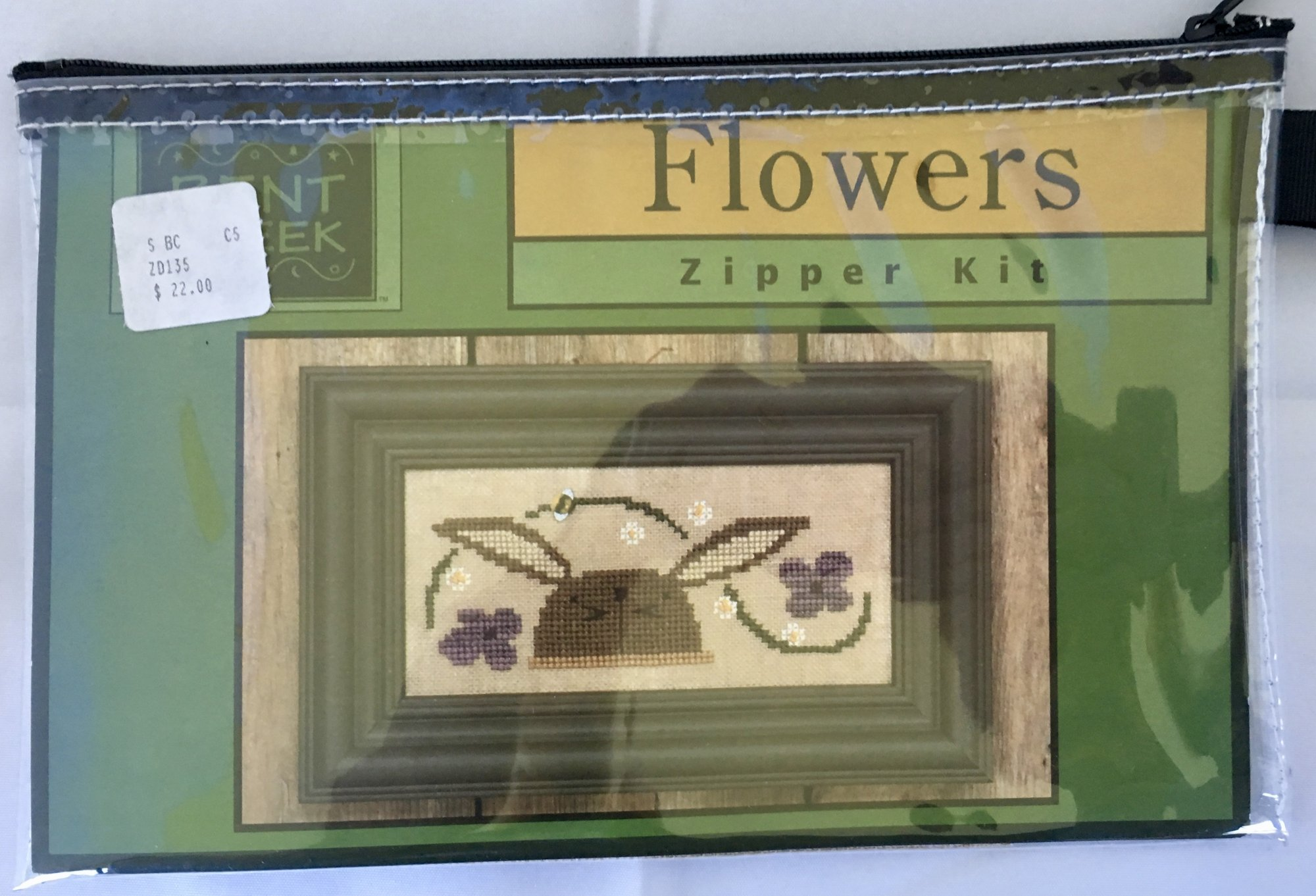 Bent Creek: Flowers Zipper Kit