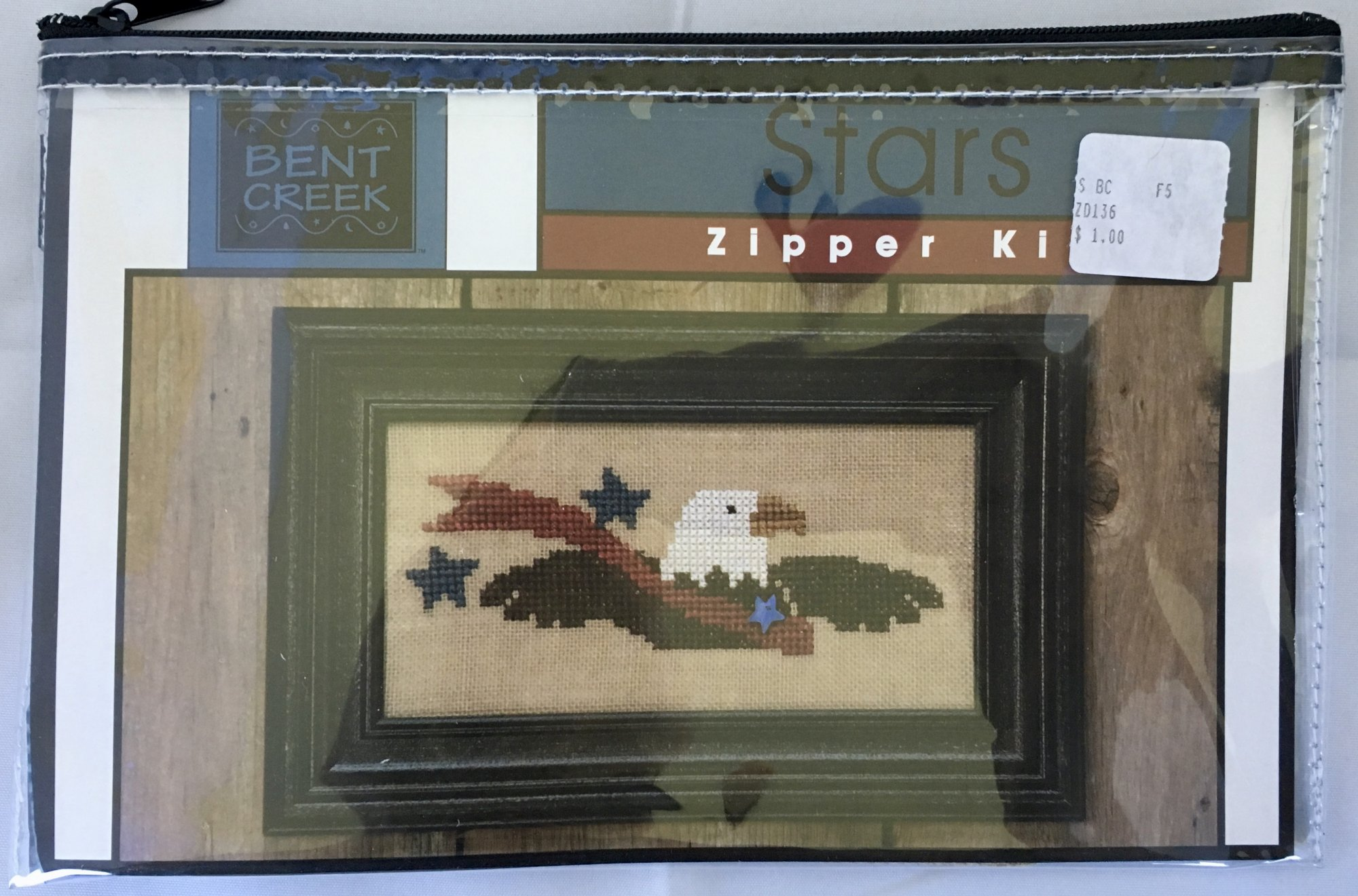 Bent Creek: Stars Zipper Kit