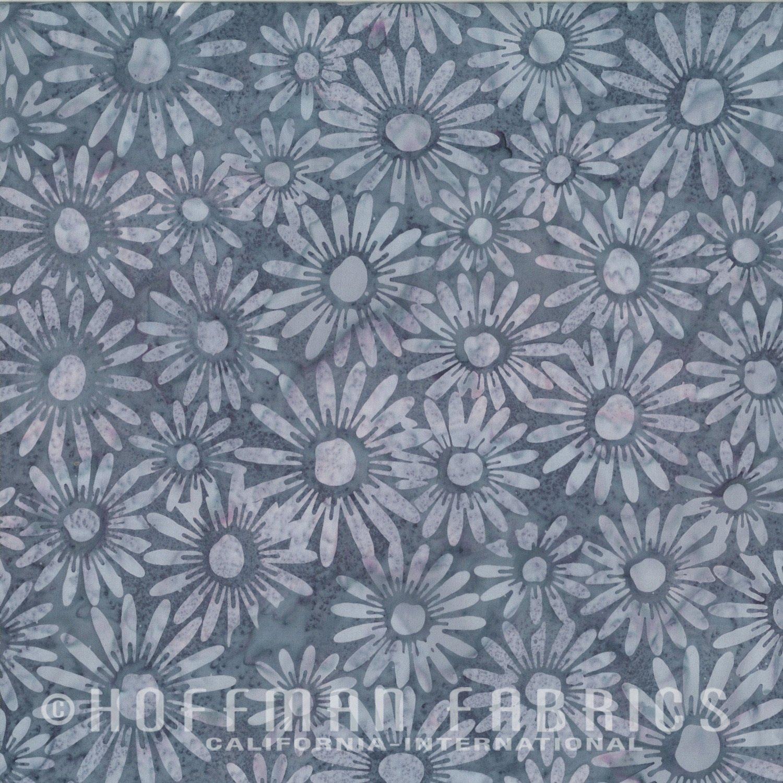 Hoffman Batik - N2851 542 Daisies Dove