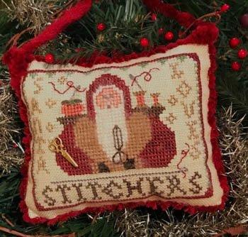 PT CS Homespun Elegance 2020 Santa Loves Stitchers Ornament