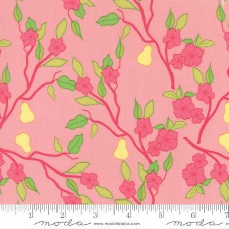 Moda Acreage Pears Blossom