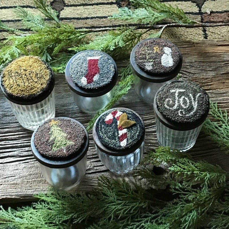 PT PN Teresa's Primitive Treasures Jar Toppers & Ornaments