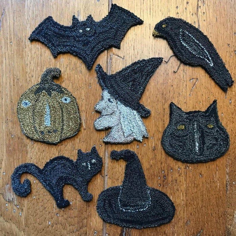 PT PN Teresa's Primitive Treasures Halloween Ornaments