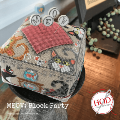 KIT CS Hands On Design Meow Block Party with Pins
