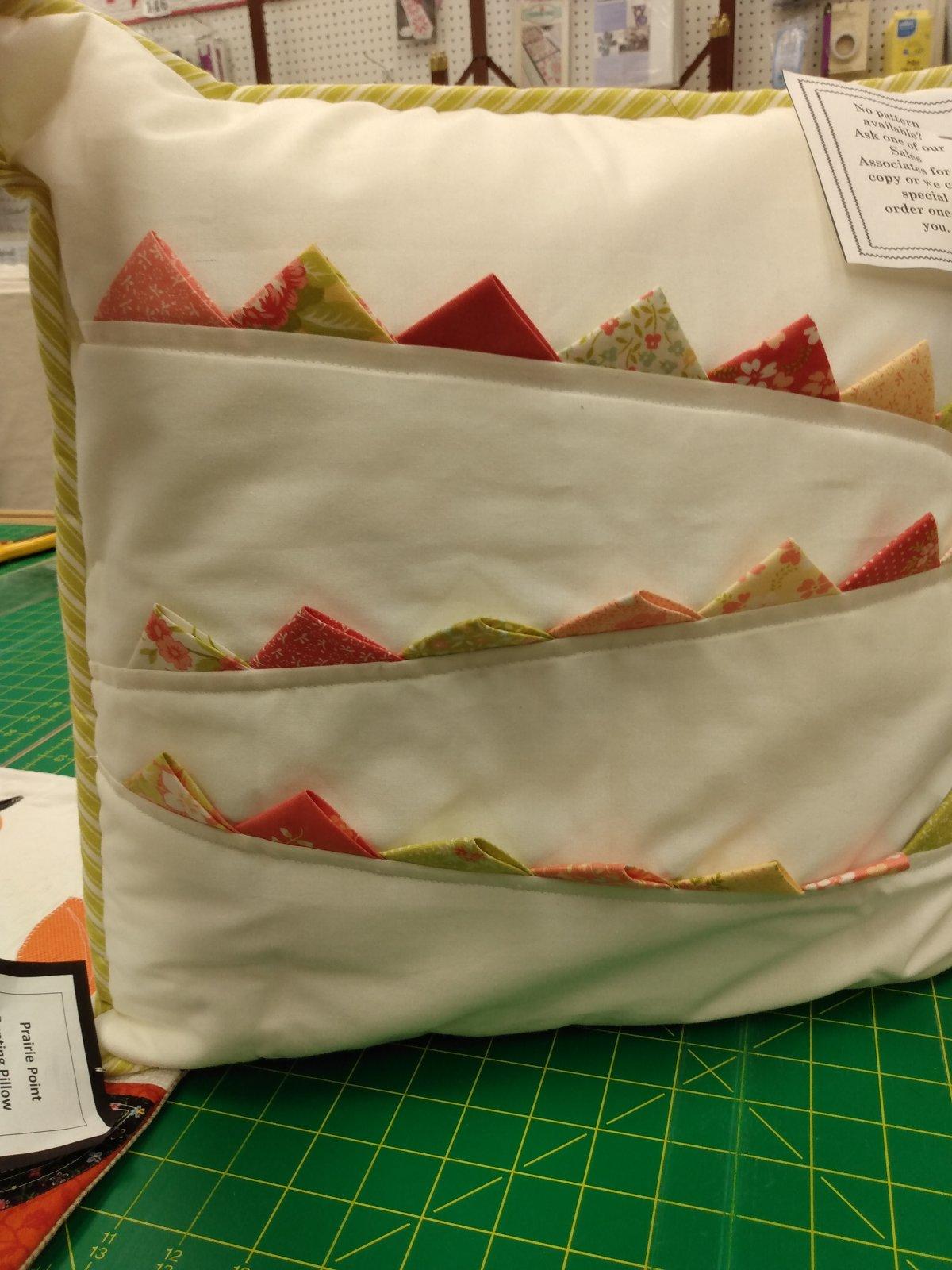 Sample - Q Prairie Point Bunting Pillow - LB 6/8/18
