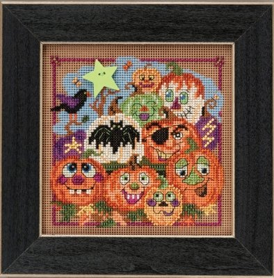 CS Kit Mill Hill Buttons & Beads Autumn Painted Pumpkins