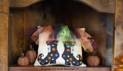 PT CS Needle Bling Designs Witch's Tutu