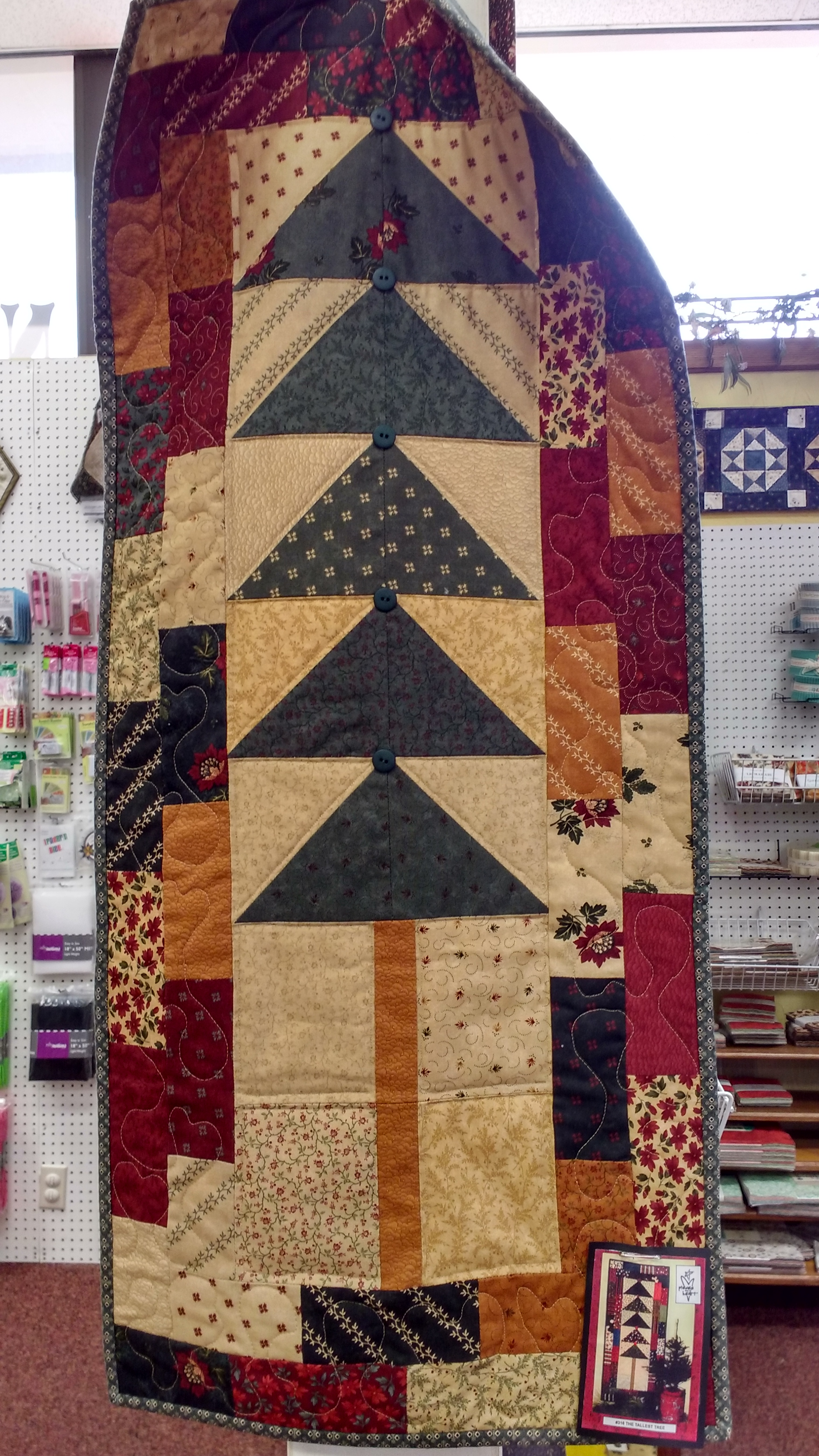 Sample - Q The Tallest Tree Wallhanging - NR 7/27/16