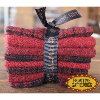 Prim Gatherings Wool Bundle Small St. Nick