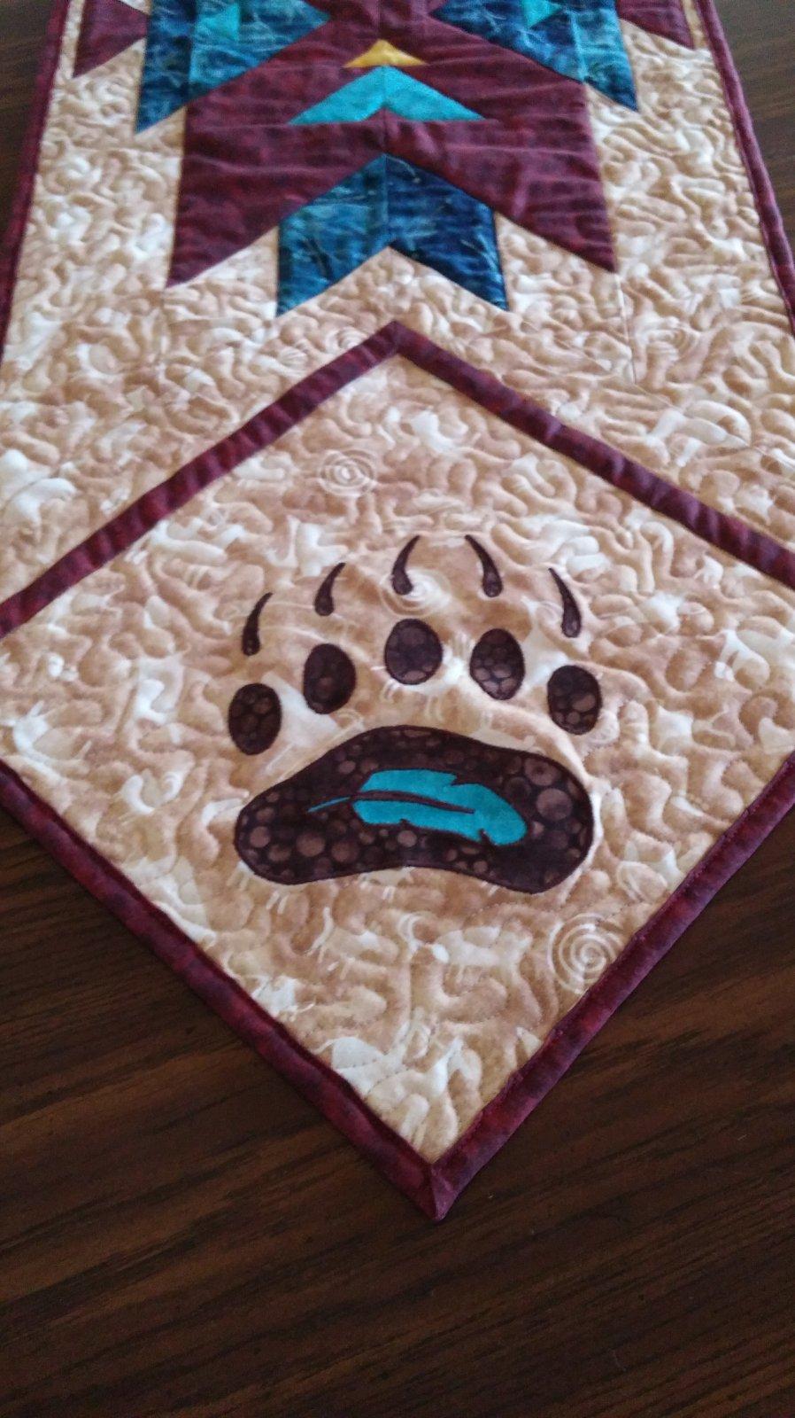 Bear Paw Applique Digital Download