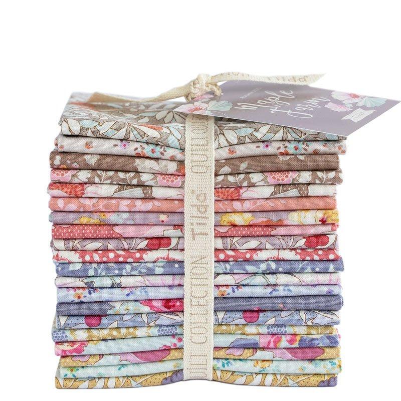 Maple Farm Fat Eighth Bundle - 20 Fabrics