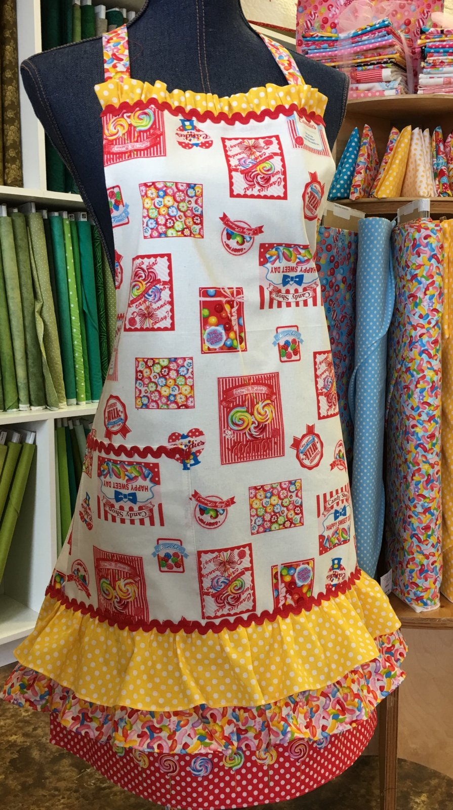 Candy Shop Apron Kit Red